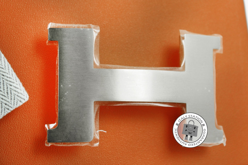 hermes-constance-h-metal-brushed-buckle-phw-IS015334