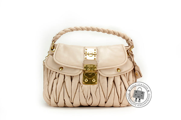 miu-miu-rr-n-matelasse-sacca-con-pattina-coffer-lambskin-tote-bag-ghw-IS015140