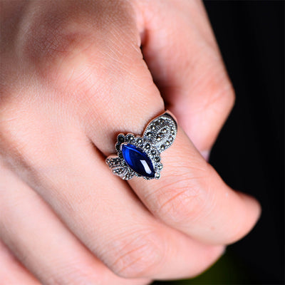 Vintage Sapphire Sweetheart Ring