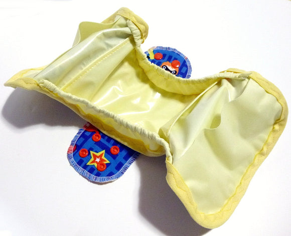 MADE TO ORDER Postpartum Gusseted Cloth Pad - Wipeable menstrual pad shell and inserts with snapping wings