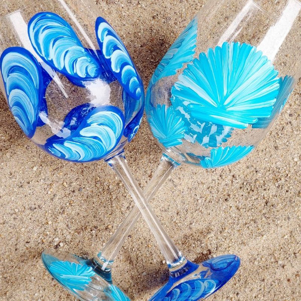 Seashell Paint & Sip at R Dee Winery in Enfield CT | 8.6.19 at 6:30 PM