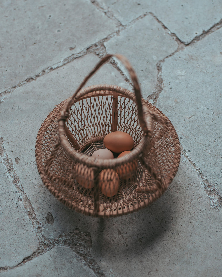 Huevos Bark Basket
