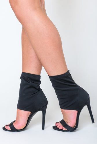 Frankie Pointed Cuff Heel In Black Lycra