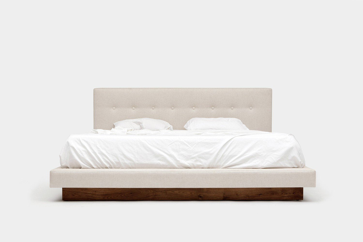 101082 Upholstered Bed