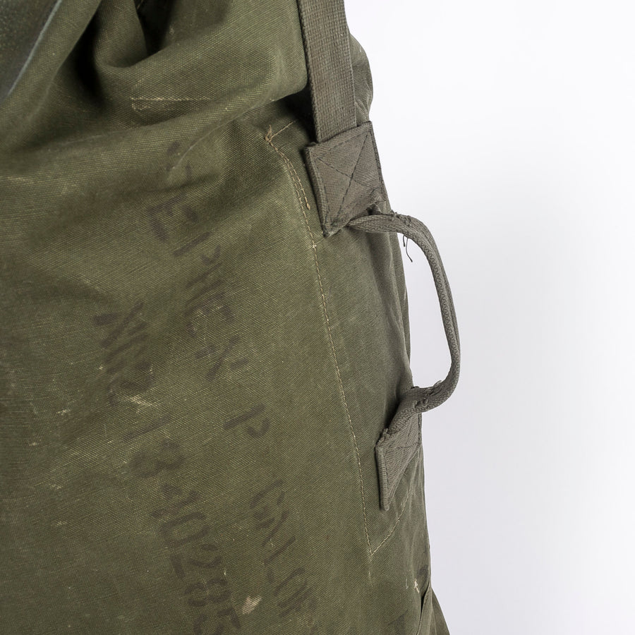 side handle on the US army duffle - travel bag - world war II - detail shot