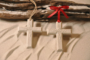 CROSS ORNAMENT, FAITH, SAND ORNAMENT, TROPICAL SEASIDE ORNAMENT, COASTAL BEACH GIFT, MADE IN FLORIDA, BEACH LOVER GIFTS, BEACH SAND KEEPSAKES, VACATION SOUVENIR, GIFT SHOP OWNERS, PROMOTIONAL ITEMS, PARTY FAVOR, SPECIAL EVENT, COLLECTIBLES, HAND-CRAFTED, FUNDRAISER, BRIDAL SHOWER FAVORS, DESTINATION WEDDING, BEACH WEDDING FAVORS