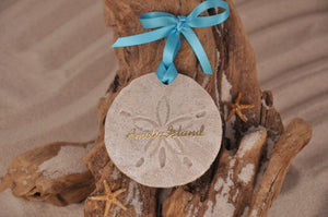 AMELIA ISLAND, AMELIA ISLAND SAND DOLLAR, SAND ORNAMENT, TROPICAL SEASIDE ORNAMENT, COASTAL BEACH GIFT, MADE IN FLORIDA, BEACH LOVER GIFTS, BEACH SAND KEEPSAKES, VACATION SOUVENIR, GIFT SHOP OWNERS, PROMOTIONAL ITEMS, PARTY FAVOR, SPECIAL EVENT, COLLECTIBLES, HAND-CRAFTED, FUNDRAISER, DESTINATION WEDDING, BEACH WEDDING FAVORS