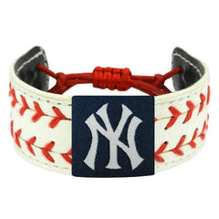 Image of MLB New York Yankees Classic Two Seamer Bracelet