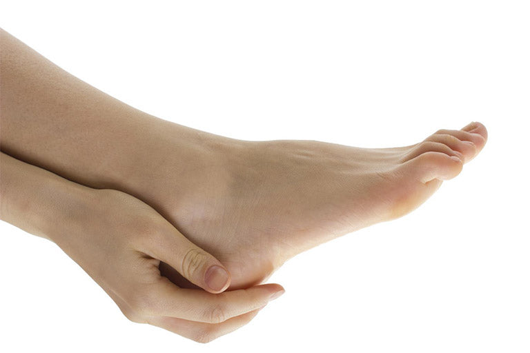 How to improve dry, cracked hands and feet.