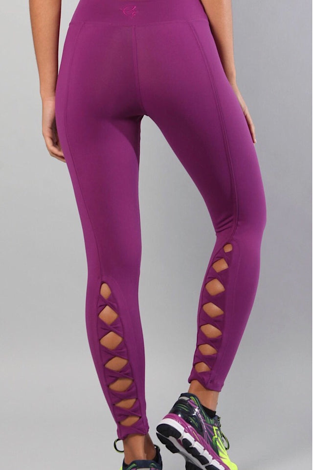 Equilibrium Infinity Leggings. DURABLE/ANTI-ABRASION WRINKLE FREE STRETCH-SHAPE RETAIN NON SHRINKING INNER COMPARTMENT HYPOALLERGENIC HARDWARE HAND MADE COMPONENTS FAST DRYING FABRIC: SUPPLEX ENHANCED OXYGENATION COMPRESSION: MEDIUM MOISTURE WICKING BREATHABLE FABRIC ANTI-ODER ANTI-MICROBIAL