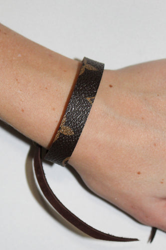 Chocker or Wrap Bracelet - Louis Vuitton Signature