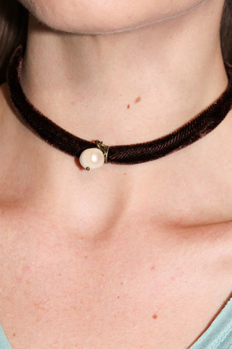 Choker or Wrap Bracelet - Dark Brown Velvet with Pearl