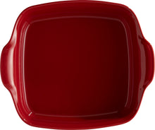 Emile Henry Ultime Rectangular Baking Dish Color: Burgundy; Size: Square