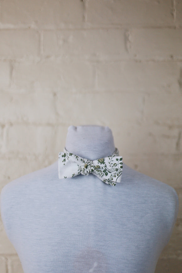 Bow Tie - Olive Green Leaves