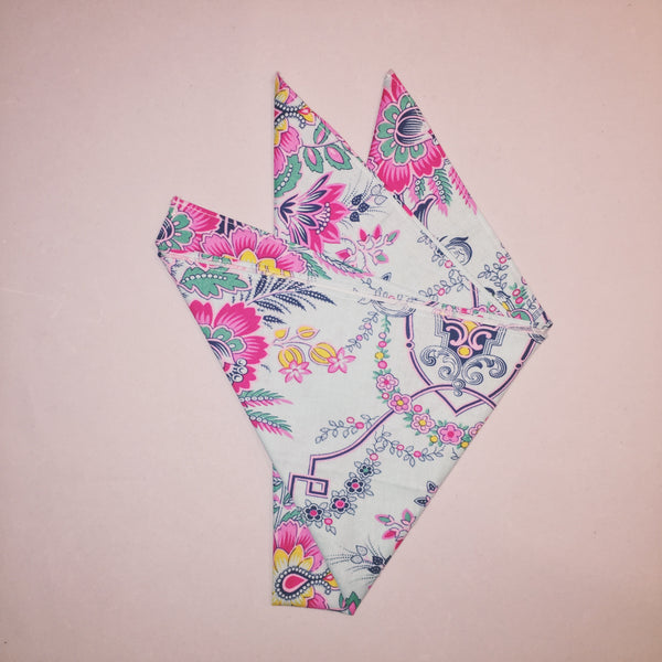 "18"" Electric Damask Square Bandana"