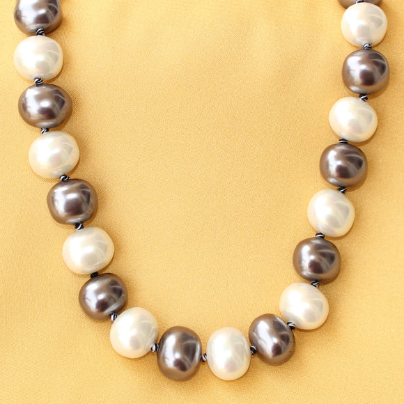 Imeora Metallic Black And White Knotted Shell Pearl Necklace