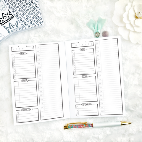 Doodle Daily Socialite Planner | Printed