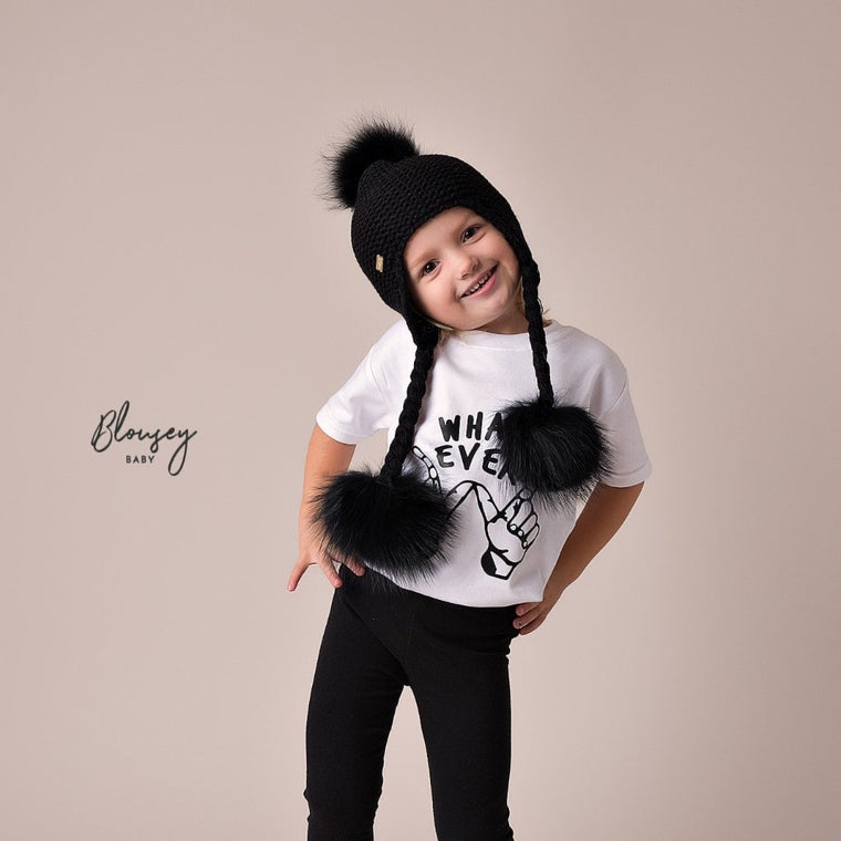 BLACK TRIPLE POM POM HAT