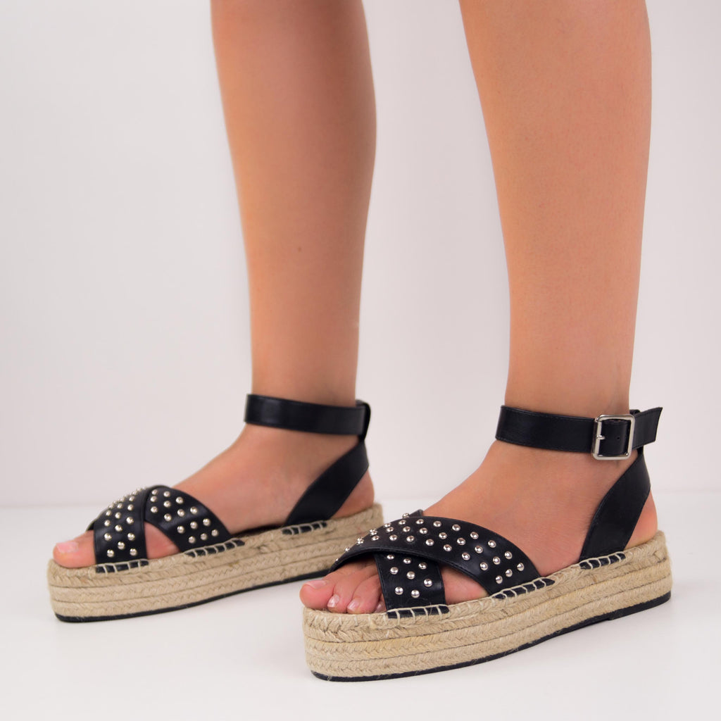 CAMY ESPADRILLES WITH WIDE STRAPS AND STUDS