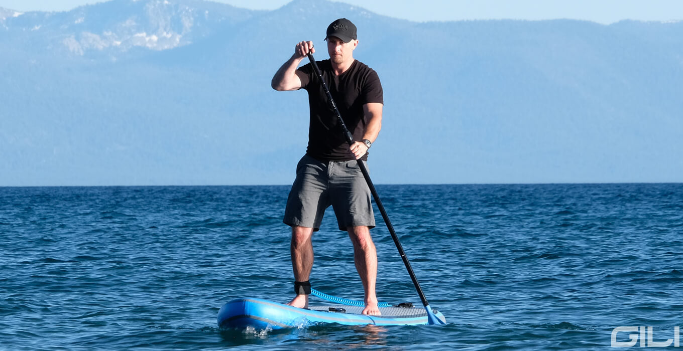 How to Hold Paddle Board Paddle Correctly