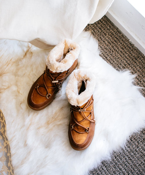 Marshmallow 01 camel Fur Lined Short Après-Ski Boot