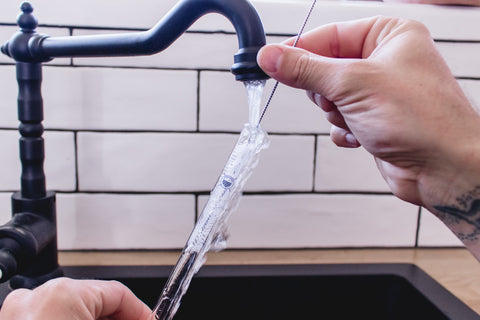 how to clean a reusable straw