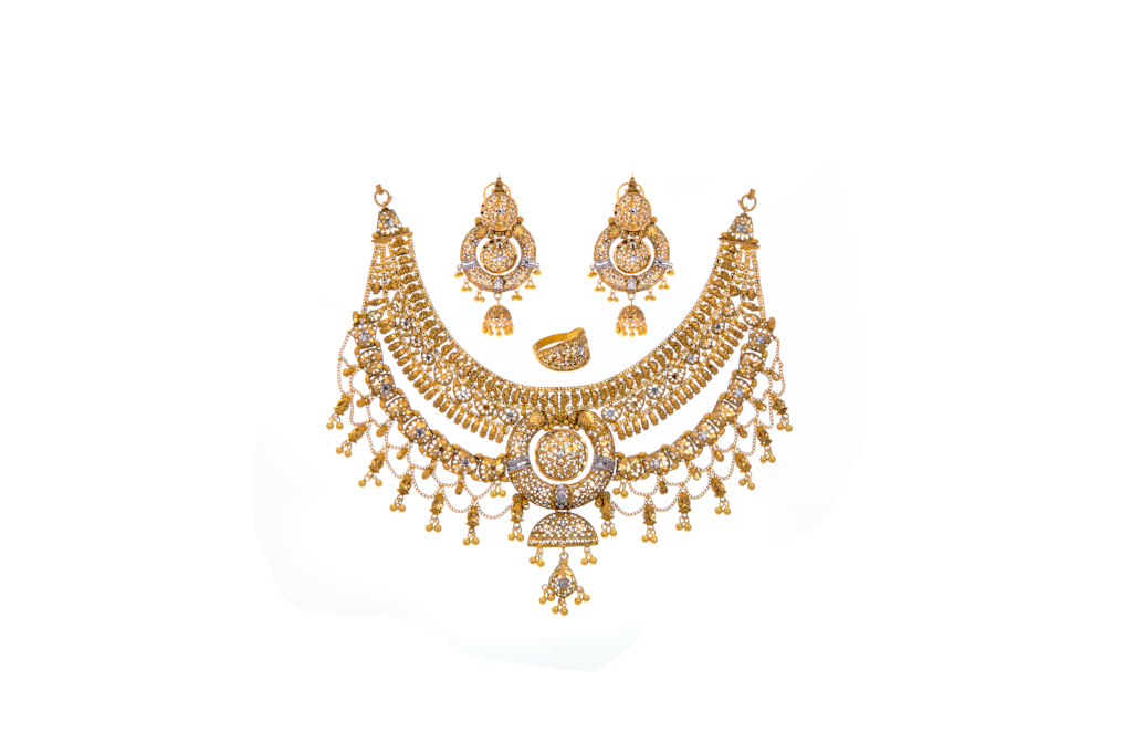 Glamorous bridal set with intricate work and finished in 2-tone polishing made in 22k gold