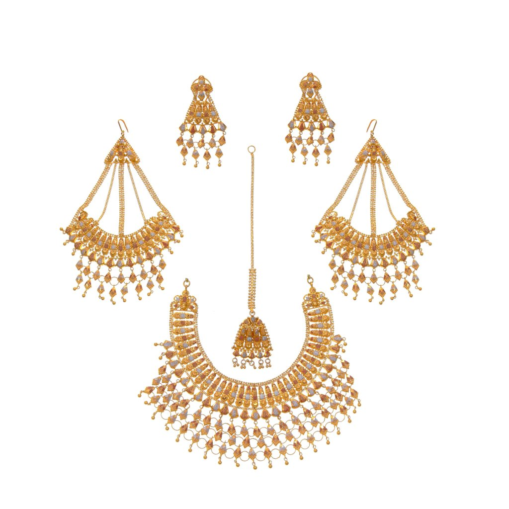 Bridal set with earrings, tika, and sahara in 3-tone finish made in 22k gold