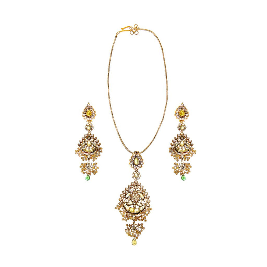 Beautifully Crafted Pendant Set with Cubic Zirconia in 22k gold