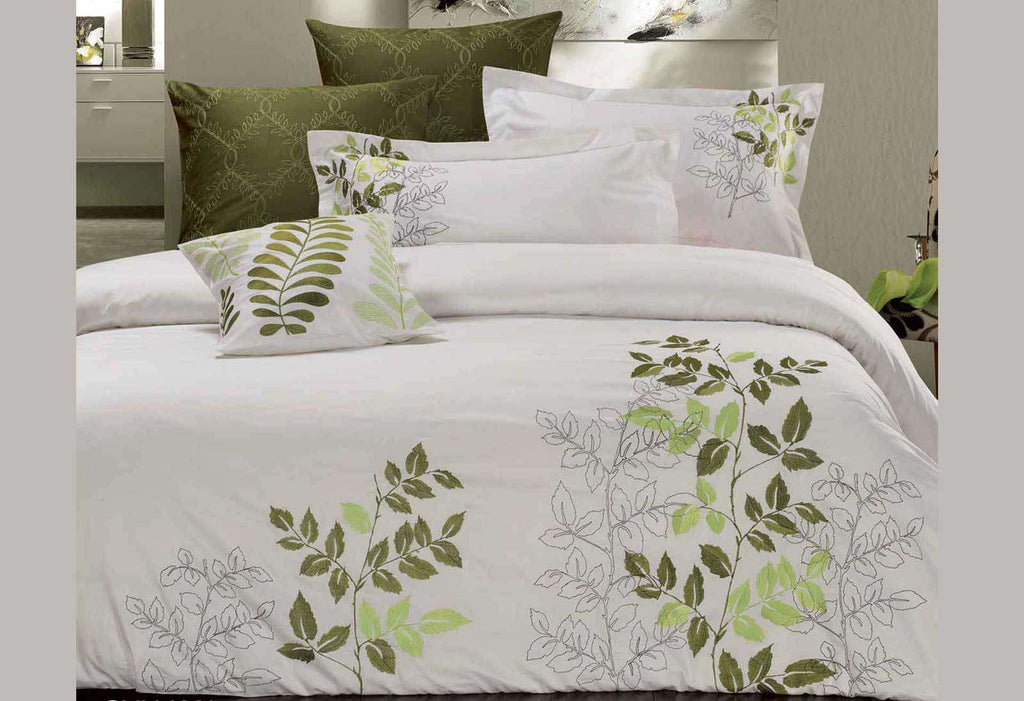 King Size Green Leaf Embroidery Quilt Cover Set (3PCS)