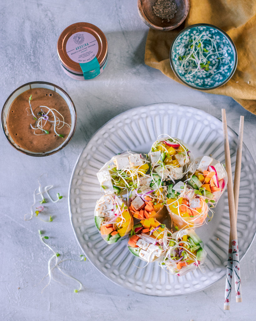 Summer Rolls with Peanut Honey Dipping Sauce