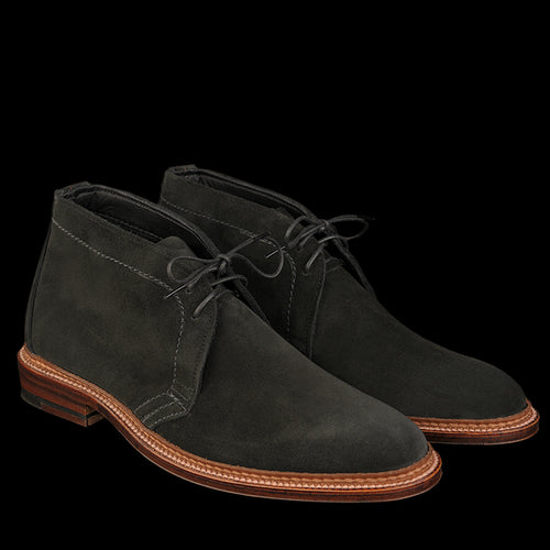 Unlined Chukka Boot in Black Suede 1497