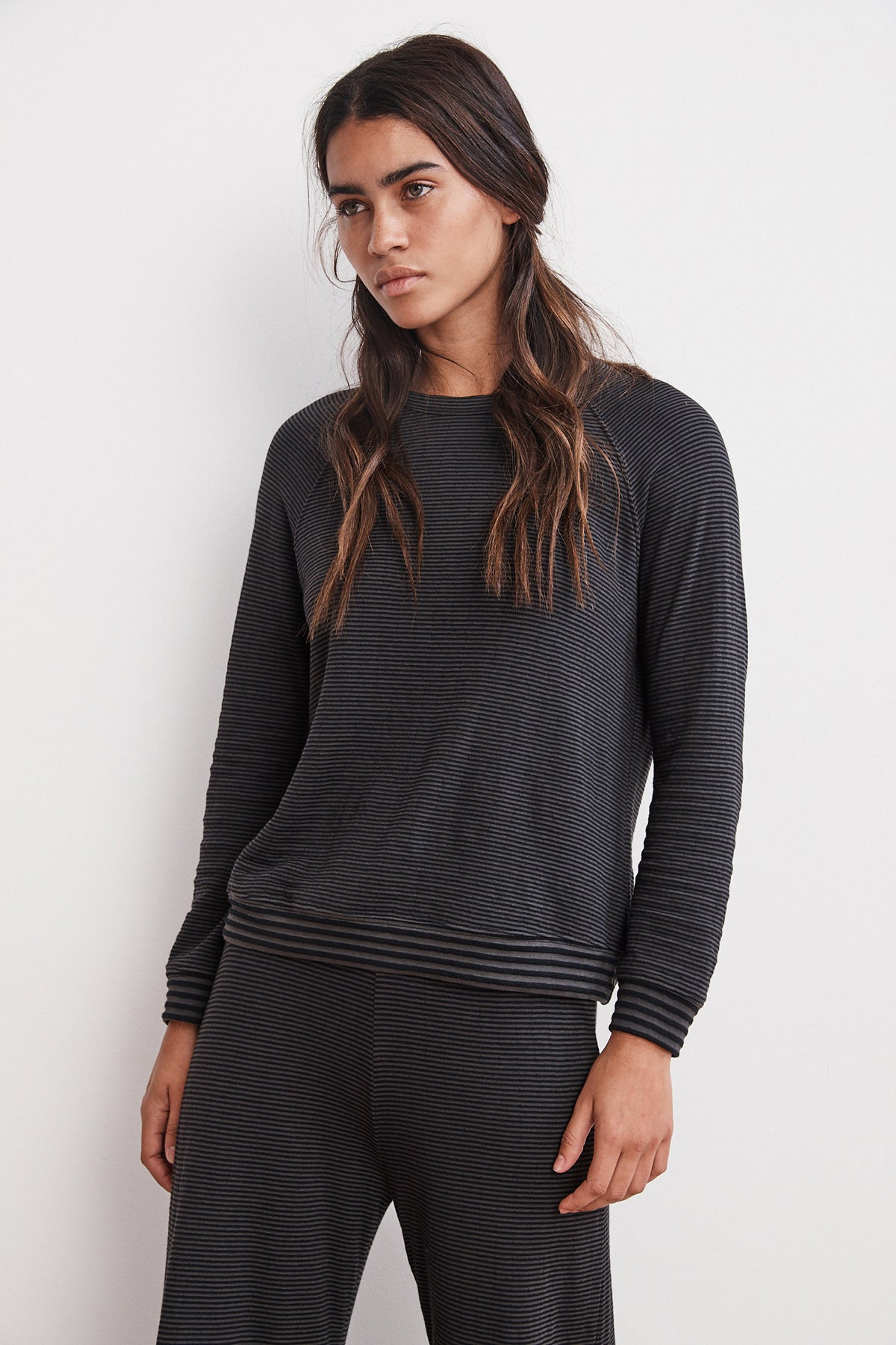NAVI DOUBLE FOLD STRIPE RAGLAN TOP