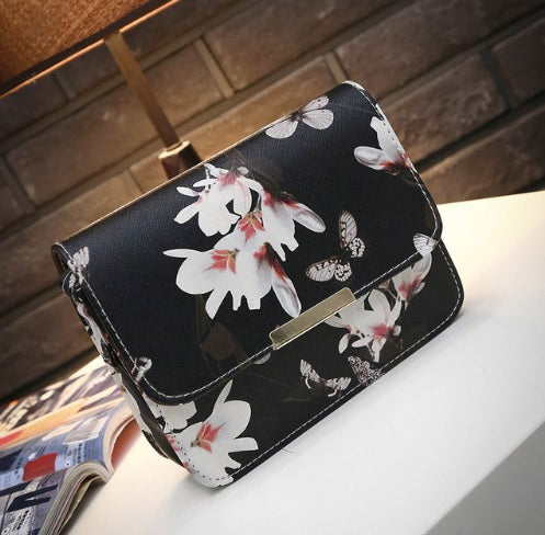Floral Print Flapover Cross Body Bag, Black