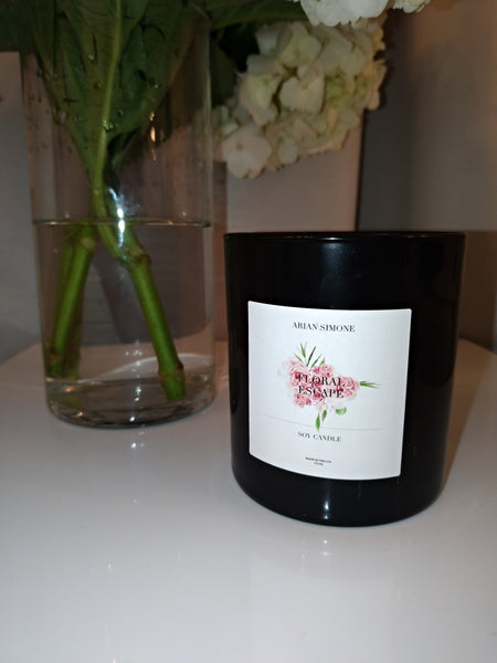Refreshing Floral Candle
