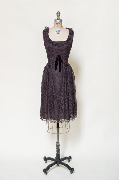 1960s-chocolate-lace-party-dress%2B%25281%2Bof%2B4%2529.jpg